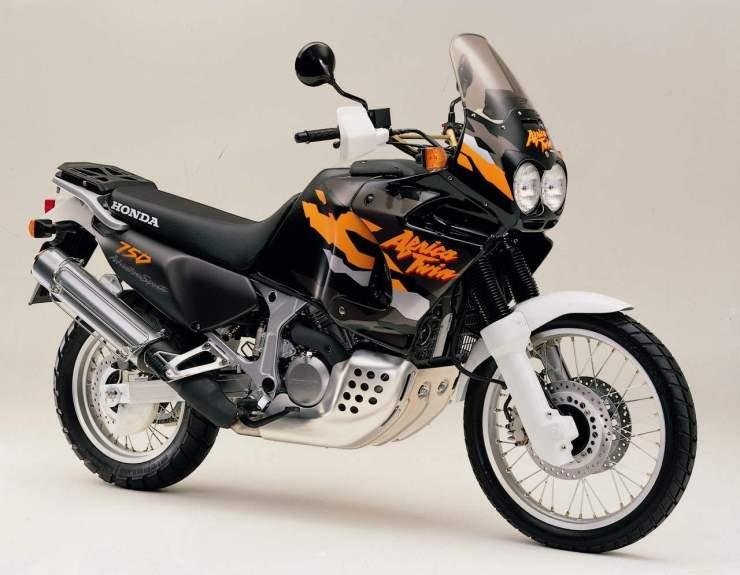 honda-xrv750-africa-twin-1