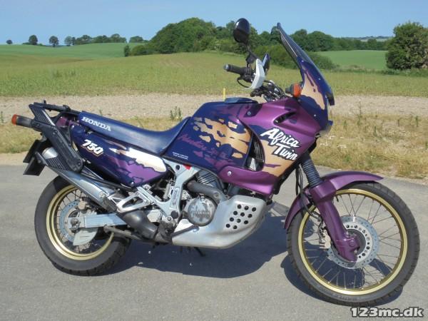 1994-honda-xrv-750-africa-twin-mcimg-600_160967_H4PJ_1528094481