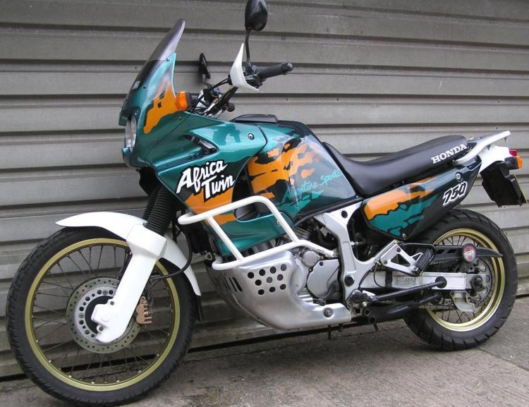 honda-xrv750-africa-twin-1995-5